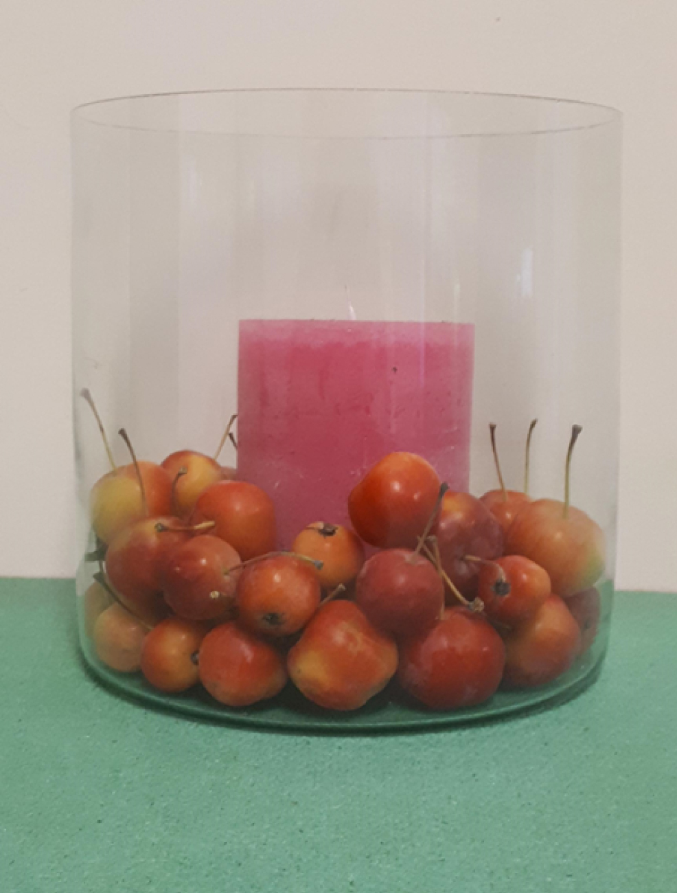 Kaars-in-glas-met-sierappels